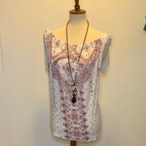Maurice's size 2 top